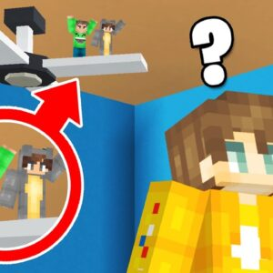 Hiding As TINY PLAYERS In CRAINER'S HOUSE! (Minecraft)